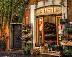 Frutteria in Trastevere, Roma, Italia. The Places Youll Go, Places To See, Beau Site, Famous Castles, Shop Fronts, Belle Photo, Dream Vacations, Vacation Destinations, Italy Travel