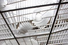 faulders studio фильтрует свет с entrium облачного покрова в Портленд