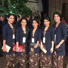 Kebaya Hijab, Kebaya Dress, Batik Kebaya, Kebaya Muslim, Batik Dress, Javanese Wedding, Indonesian Wedding, Dress Brokat, Kebaya Brokat