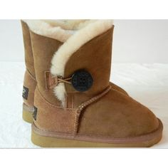UGG Bailey Button 5803 : Cheap Uggs Boots outlet Online uggshop - Off Baby Uggs, Baby Boots, Nike Shoes Cheap, Nike Shoes Outlet, Bearpaw Boots, Ugg Boots, Baby Girl Fashion, Teen Fashion, Baby Kids Wear