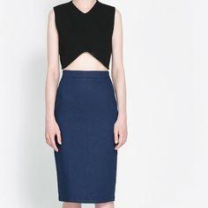 Zara denim midi skirt SZ medium NWT Dark wash denim midi skirt Zara Skirts Midi