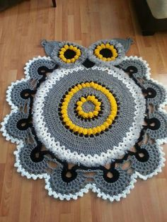Owl Crochet Doily Rug Pattern for creativity. Crochet Doily Rug, Crochet Rug Patterns, Crochet Carpet, Crochet Owls, Crochet Owl Blanket, Crochet Home Decor, Crochet Crafts, Owl Crafts, Yarn Crafts