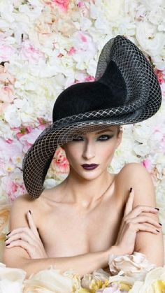 Philip Treacy Hats, Fascinator Hats, Fascinators, Headpieces, Wedding Hats, Free Wedding, Wedding Blog, Wedding Ideas, Races Fashion