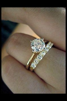 Would b pretty w a black diamond band