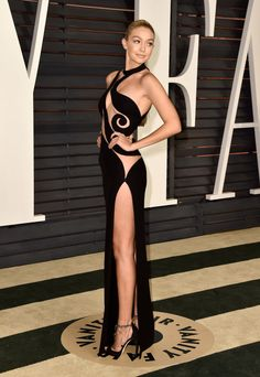 Gigi Hadid in Versace Couture at the Vanity Fair Oscar Party. Photo: Pascal Le Segretain/Getty Images