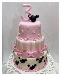 Bolo Minnie cor de rosa