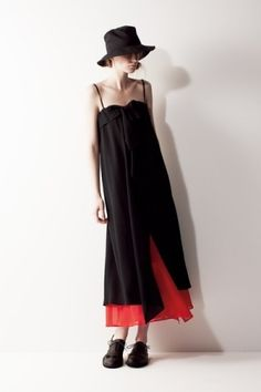 Yohji Yamamoto +NOIR 2011 Spring/Summer by sonja