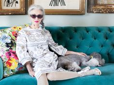 Linda Rodin's Beauty Secrets The envy-inducing stylist and skin care queen gives us an earful. Yasmina Rossi, Diana Vreeland, Quirky Fashion, Advanced Style, Ageless Beauty, Tilda Swinton, Confident Woman, Rodin, Beauty Secrets