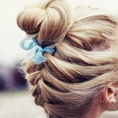 Ways to Wear Ribbon in Your Hair