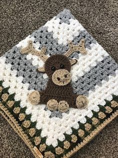 This project is a beautiful blanket with circular colors within squares. we get a large granny square where we form them up into this beautiful blanket. Crochet Puff Flower, Crochet Flower Patterns, Afghan Crochet Patterns, Crochet Flowers, Crochet Afghans, Crochet Blankets, Baby Blankets, Baby Afghans, Flower Applique