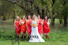 Bride and Bridesmaids photography pose