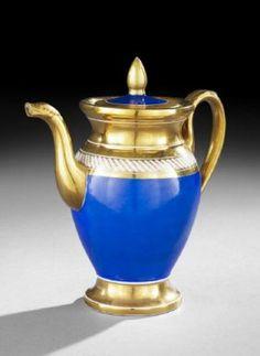 Paris Porcelain Lidded Tea Pot