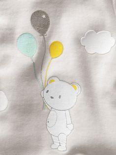 #Pyjama #velours motifs #ours et #ballons floqués bébé - Collection printemps été 2014 - www.vertbaudet.fr