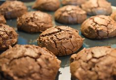 Chocolate-Lime Brownie Cookies with Coconut Balsamic Glaze Saratoga Olive Oil Company Double Chocolate Brownies, Chocolate Brownie Cookies, Fudge Brownies, Cookie Desserts, Cookie Recipes, How To Make Brownies, Food And Drink, Sweets, Snacks