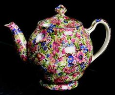 This is a Tea Pot 3c in the SUNSHINE VINTAGE CHINTZ pattern made by Royal Winton. Description from ebay.co.uk. I searched for this on bing.com/images