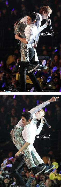 Eunhyuk & Siwon. So much energy in hyukkie ( and what is up with those pants?)
