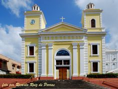 Iglesia San Miguel Arcangel, Utuado, Puerto Rico