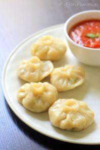 Veg Momos Indian Food Recipes, Italian Recipes, Beef Recipes, Vegetarian Recipes, Ethnic Recipes, Dumplings, Thia Food, Veg Momos, Caribbean Recipes