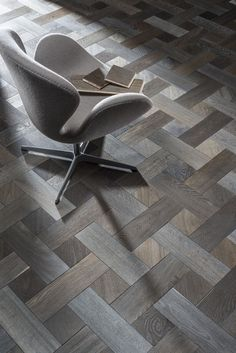 Extensive range of parquet flooring in Edinburgh, Glasgow, London. Parquet flooring delivery within the mainland UK and Worldwide. Interior Design Blogs, Interior Design Magazine, Design Interiors, Wood Floor Pattern, Wood Floor Design, Tile Design, Tile Floor Patterns, Design Design, Pattern Design