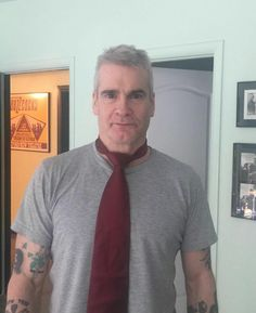Henry Rollins being fancy Henry Rollins, King Henry, Great Words, Punk Rock, Legends, Bands, Flag, Sugar, Guys