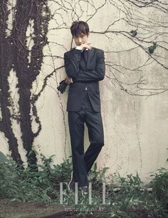 Go here for the previously published spread of Lee Je Hoon in September's Elle Korea. Asian Actors, Korean Actors, Tomorrow With You, Lee Je Hoon, Indie Films, Elle Magazine, Korean Men, Classic Man, Atheist