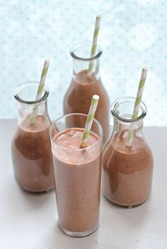 Eat Good 4 Life » Dark chocolate, peanut butter and banana smoothie