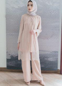 Kebaya Modern Hijab, Kebaya Hijab, Kebaya Dress, Modern Hijab Fashion, Abaya Fashion, Fashion Dresses, Custom Dresses, Modest Dresses, Graduation Party Outfits