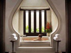 Spa bathroom at InterContinental Danang Resort in Vietnam - home me Spa Interior, Home Interior Design, Resort Interior, Spa Luxe, Bathroom Spa, Master Bathrooms, Washroom, Small Bathroom, Bathroom Ideas