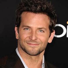 http://news-celebrity.net/bradley-cooper/