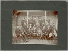 Quanah Parker (seated far left on steps in position) - Comanche - 1907 Oklahoma, Kansas, Native American Church, Native American Indians, Native Americans, Indian Tribes, Native Indian, Comanche Warrior, Comanche Indians