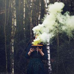 Surréaliste convaincante récits visuels de 20-Year-Old Photographe - Mon moderne Met Jung