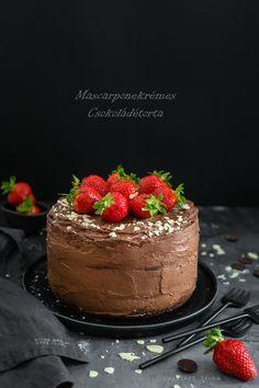 Mascarponekrémes csokoládétorta cukor- és gluténmentesen - DESSZERT SZOBA Cukor, Cheesecake, Food, Cheesecakes, Essen, Meals, Yemek, Cherry Cheesecake Shooters, Eten