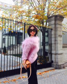 PINK FOR MONDAYS   Tina wears a great fluffy sweater by J. D…   Flickr