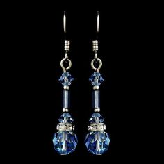 These sparkling light blue Swarovski crystal earrings are the perfect way to bring an extra touch of romance to your wedding day. Perfect for your classic, mode #HomemadeJewelry #BeadedJewelry