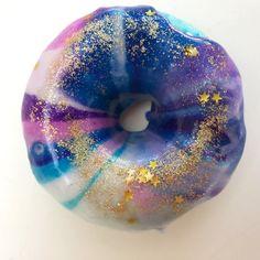 Galaxy Donut bubble bath 85g – OH DEER SUGAR Bath Soap, Oh Deer, Bubble Bath, Bath Bombs, Galaxies, Donuts, Bubbles, Sugar, Pretty