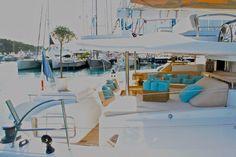 Catamaran World's End