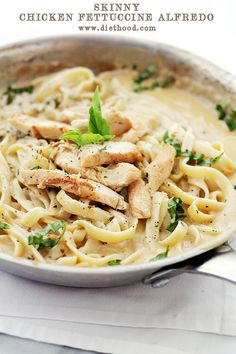 Healthy Chicken Fettuccine with Alfredo Sauce: Thick and delicious, lightened up version of Fettuccine Alfredo. Fettuccine Alfredo, Chicken Fettuccine, Alfredo Sauce, Healthy Chicken Alfredo, Chicken Broccoli, Grilled Chicken, Pasta Recipes, Chicken Recipes, Cooking Recipes