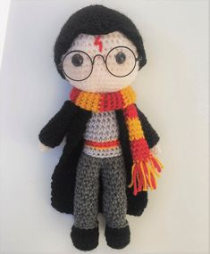 55 ideas crochet animals free tutorials Harry ideas crochet toys free patterns Harry Potter crochet toysBack to schoolHow cute is this Harry Potter inspired crochet pattern? An adorable little amigurumi toy for a Harry Potter Free, Harry Potter Crochet, Harry Potter Dolls, Crochet Daisy, Cute Crochet, Crochet Poncho, Crochet Tops, Crochet Amigurumi Free Patterns, Knitting Patterns
