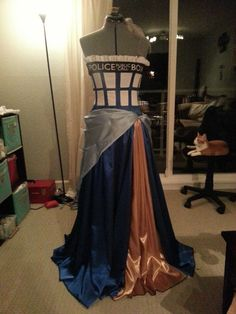 Most beautiful TARDIS dress I've ever seen (and I've seen a lot!)