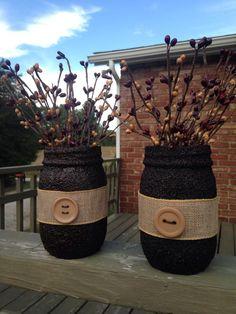 Arts And Crafts Style Primitive Mason Jars, Primitive Crafts, Pint Mason Jars, Mason Jar Gifts, Pickle Jar Crafts, Mason Jar Projects, Pots, Jar Art, Ornaments