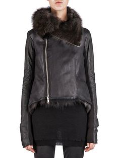RICK OWENS HUN JACKET IN DARK SHADOW IS LINED WITH FISHER FUR AND HAS AN OFF-CENTER ZIPPER, A HIGH FUNNEL COLLAR, RIBBED PANELS ON THE SLEEVE UNDERSIDES AND TAIL DETAILS AT THE BACK.  * THE SIZING OF THIS PRODUCT IS IN FRENCH SIZES. * THIS PRODUCT IS CUSTOM MADE. IT WILL BE PRODUCED AND SHIPPED WITHIN 1-3 WEEKS OF THE ORDER DATE. * FOR ANY PERSONAL REQUESTS PLEASE CONTACT CUSTOMERCARE@RICKOWENS.EU. * FUR: 100% FISHER. * BODY: 100% CALF LEATHER. * RIB PANELS: 100% COTTON. * LINING: 100% SILK.
