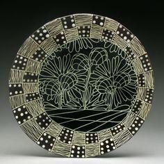 Enhance Your Bathroom Using Ceramic Tiles Pottery Painting, Ceramic Painting, Ceramic Art, Painted Plates, Hand Painted Ceramics, Clay Design, Ceramic Design, Pottery Plates, Ceramic Pottery