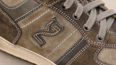Dettagli cuciture, stringhe e logo Nero Giardini modello #A303362U