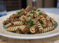 פסטה בראגו עגבניות, בשר ופטריות | מבשל ואוכל