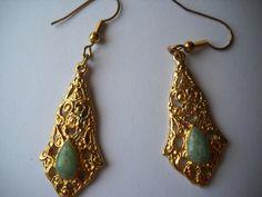 gold tone jade dangle pierced earrings