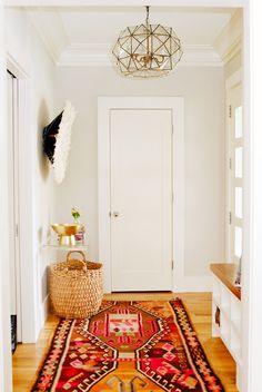 Must-Haves a California Eclectic Home Interior Design — Fres Hoom Decor, Furniture, Interior Inspiration, Eclectic Home, Home Decor, House Interior, Home Deco, Oak Floors, Interior Design