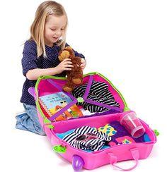Подорож з дітьми вимагає особливої підготовки, любові, терпіння йтурботи. Щоб сімейна подорож принесла задоволення всім членам сім'ї, пройшла без капризів і нудьги, заздалегідь подбайте про те, чим зайняти дітей в дорозі. У машині, поїзді, автобусі або літаку завжди можна придумати цікаві розваги. В процесі гриз дітьми, ви самі не помітите, як пройде час у дорозі....