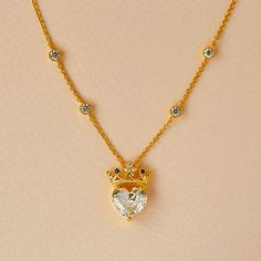 """""""My Queen""""👑✨  . . . . . . #mothersday #gift #jewelry #necklace #queen #gold #diamond #heart"""