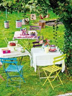 Haz una fiesta en el jardín con tus amigos o familia aprovechando el buen tiempo