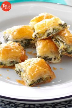 38 Make-Ahead Appetizer Recipes Meat Appetizers Appetizers Appetizers keto Appetizers parties Appetizers recipes Best Appetizers Ever, Make Ahead Appetizers, Best Appetizer Recipes, Thanksgiving Appetizers, Finger Food Appetizers, Potluck Recipes, Yummy Appetizers, Appetizers For Party, Cooking Recipes
